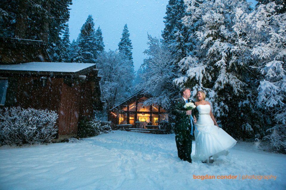 Lake Tahoe Winter Wedding | Cara and Eric | Sacramento Wedding Photographer